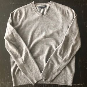 Banana Republic Sweaters - Banana Republic 100% Merino Wool V-Neck Sweater